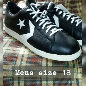 NWT Converse Leather Sneakers size 18